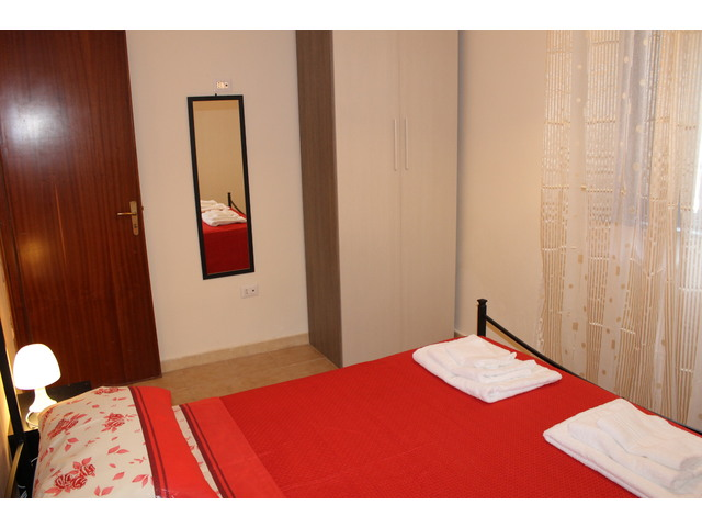 stanza 2 b.JPG