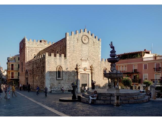 Taormina_BW_2012-10-05_17-08-52.jpg