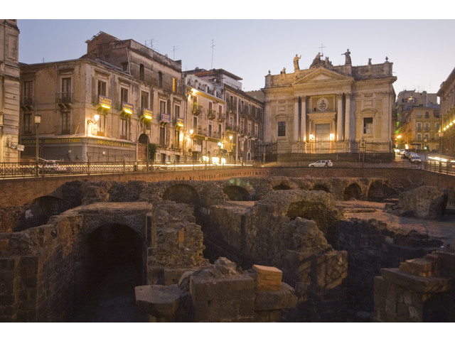 piazza_stesicoro.jpg