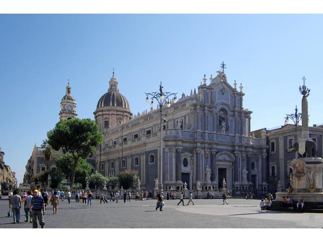 Catania_BW_2012-10-06_11-32-08_2_fj.JPG